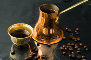 grinded coffee, instant coffee